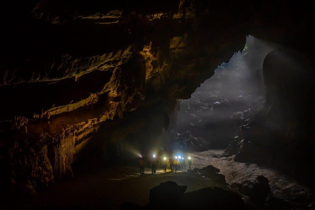 Khai thác thử nghiệm sản phẩm du lịch khám phá thung lũng rừng Gáo – hang Ô Rô, hang Hoàn Mỹ