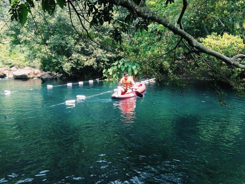 """Suối nước Moọc – Chốn """"thiên đường"""" tuyệt đẹp ở Quảng Bình"""