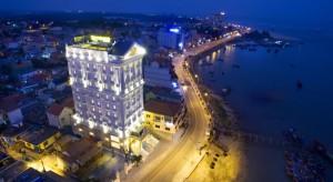 Riverside Hotel- Dong Hoi